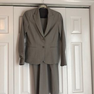 Theory women's suit (jacket and pants)
